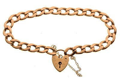 Lot 43 - Hollow curb-link charm bracelet with heart padlock, 9.3g