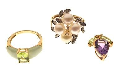 Lot 16 - Two 9ct gold gem set dress rings