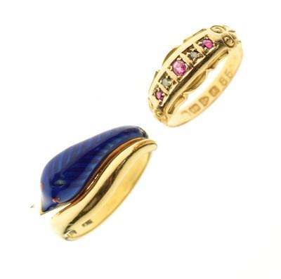 Lot 11 - Edward VII 18ct gold ring