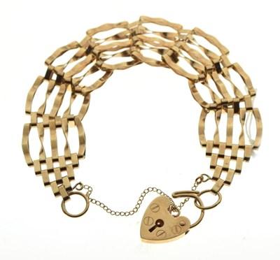 Lot 46 - 9ct gold gate-link bracelet, 11g approx