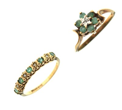 Lot 14 - Two 9ct gold rings