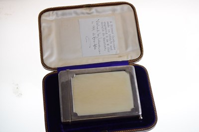 Lot Late Victorian silver combination card case, with engraved 'G de M' for Gerald de Maurier
