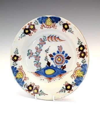 Lot 349 - 18th Century polychrome Delftware plate