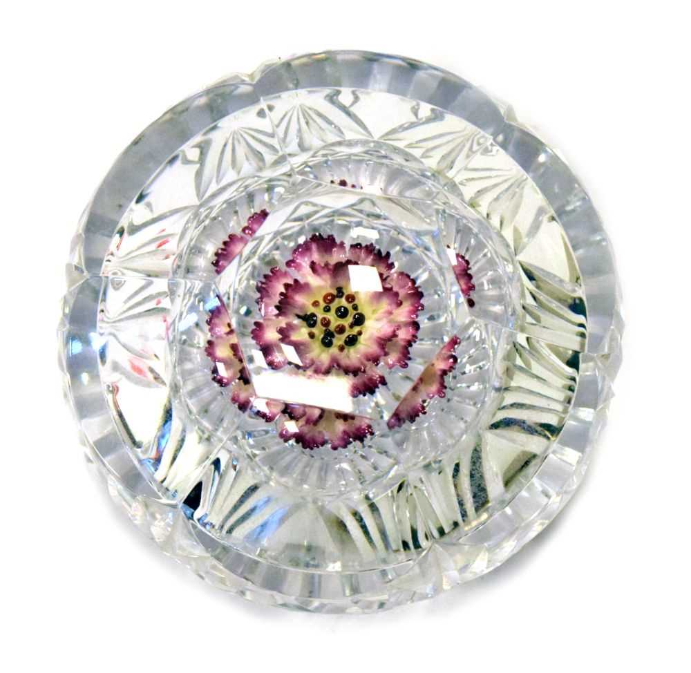 Lot 339 - Wedgwood Glass Coalbrookdale paperweight - Red Carnation