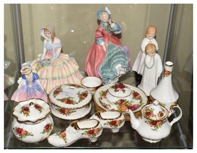 Lot 330 - Royal Albert 'Old Country Roses', Royal Doulton, etc