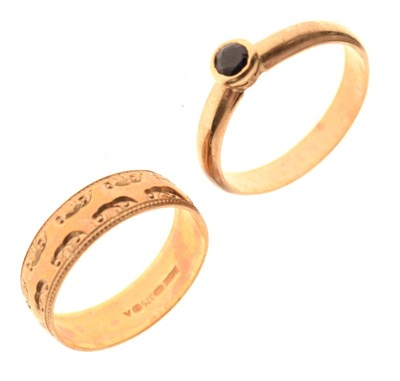 Lot 25 - Two rings
