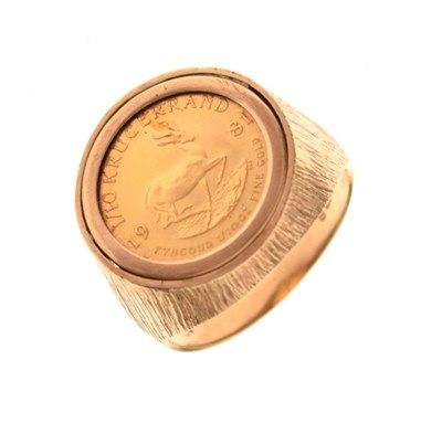 Lot 19 - 9ct gold ring inset with 1/10th Krugerrand coin