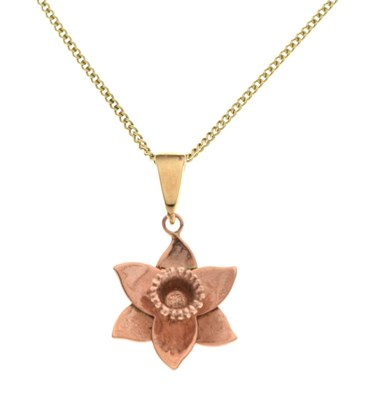 Lot 70 - Clogau 9ct Welsh rose gold daffodil pendant on a 9ct gold curb-link chain