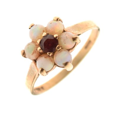 Lot 12 - 9-carat gold red stone and opal cluster ring, 2.4g