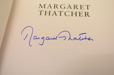 Lot Margaret Thatcher - signed first edition of Statecraft together with handwritten 'thank you' letter
